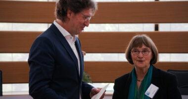 LAG Vorsitzende Geesken Wörmann und Dr. Strunz.