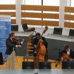 Musikalische Begleitung durch das Vivian Swing Trio.